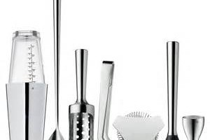 3 Basic Tools For Mixing Your Drinks At Home Or Work